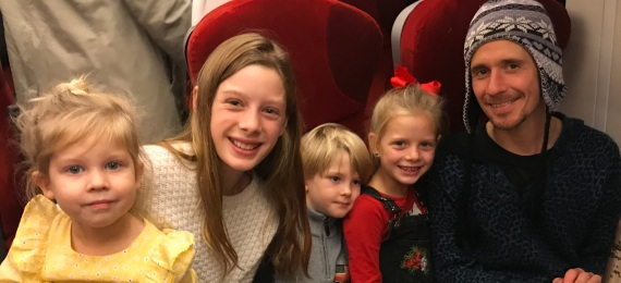 To London with happy children1